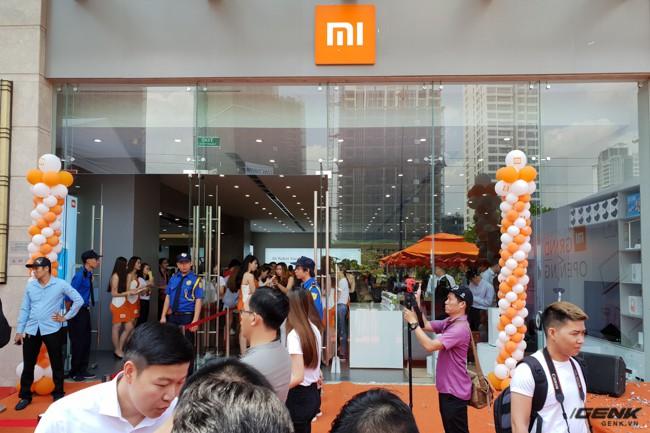 Xiaomi chính thức khai trương thêm cửa hàng Mi Store thứ hai tại TP.HCM: diện tích hơn 300 m2, bày bán hơn 180 mặt hàng thuộc hệ sinh thái Mi - Ảnh 3.