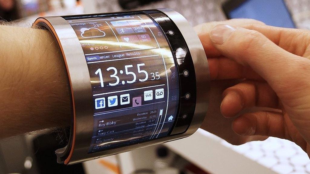 Vượt Samsung, Huawei muốn ra mắt điện thoại gập cong màn hình đầu tiên ảnh 1