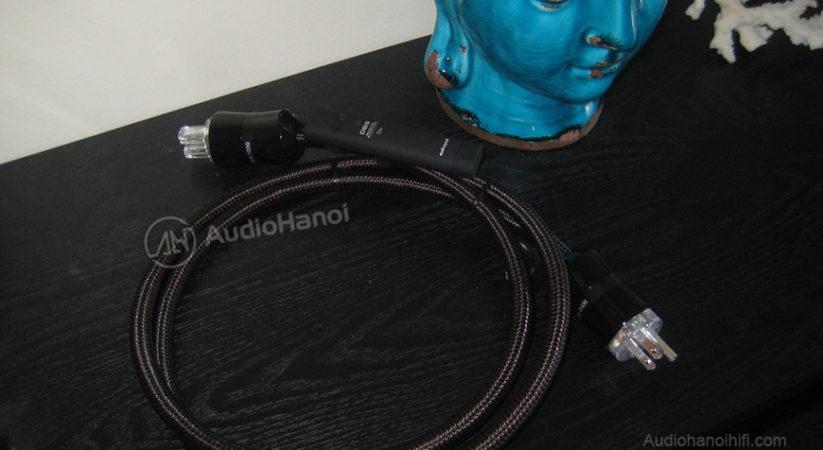 Yên tâm về nguồn điện với dây nguồn AudioQuest NRG-1000