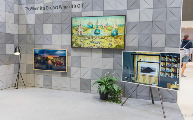 Ghé thăm gian hàng Samsung tại IFA 2018: công nghệ hiện đại kết hợp với nghệ thuật cổ điển