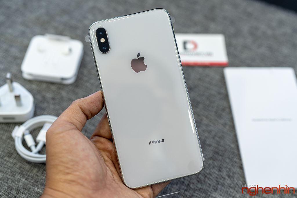 Cận cảnh iPhone XS Max 256GB đầu tiên về Việt Nam trong đêm trước ngày mở bán, giá 68 triệu đồng ảnh 13