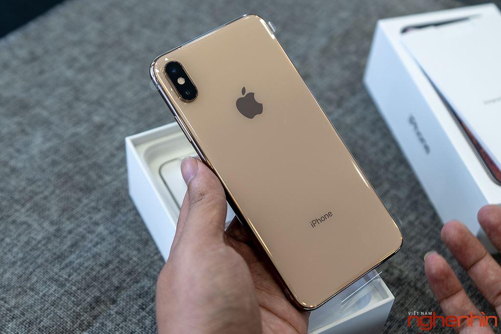 Cận cảnh iPhone XS Max 256GB đầu tiên về Việt Nam trong đêm trước ngày mở bán, giá 68 triệu đồng ảnh 5