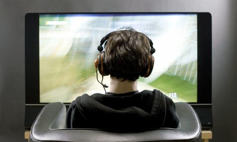 15 tai nghe tốt nhất dành cho người mê xem phim