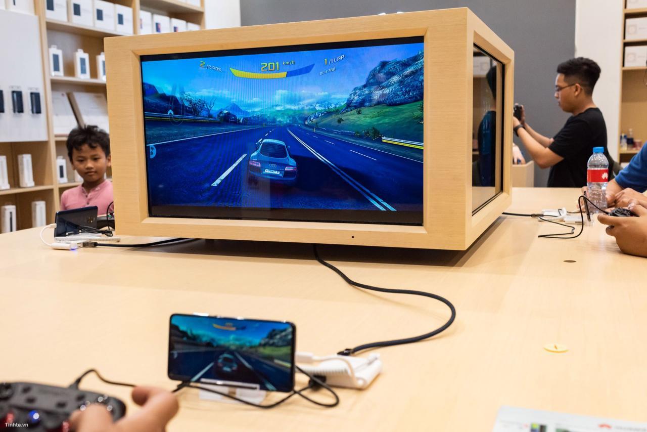 Đang tải Tinhte.vn_Huawei-8.jpg…