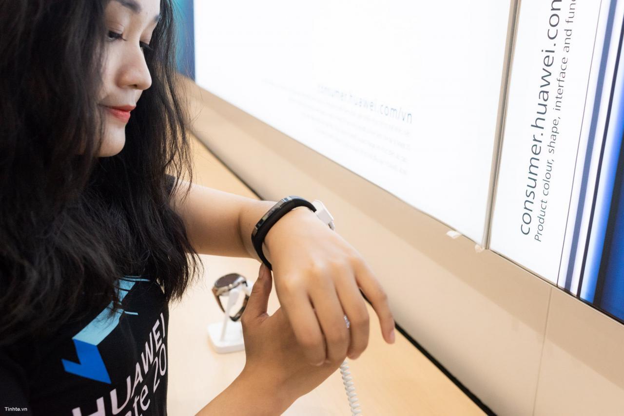 Đang tải Tinhte.vn_Huawei-33.jpg…