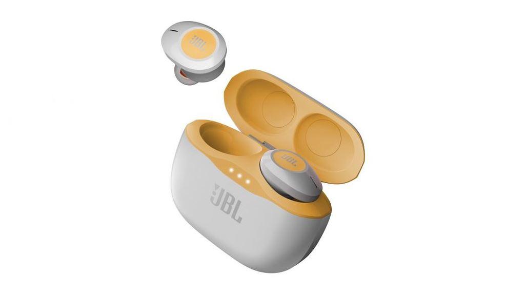 JBL trình làng 4 tai nghe không dây hoàn toàn: nhiều màu sắc, pin 4 tiếng, giá từ 100 USD ảnh 1