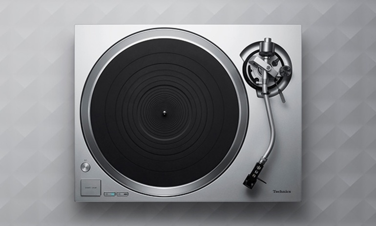 Mam dia than Technics SL-1500C