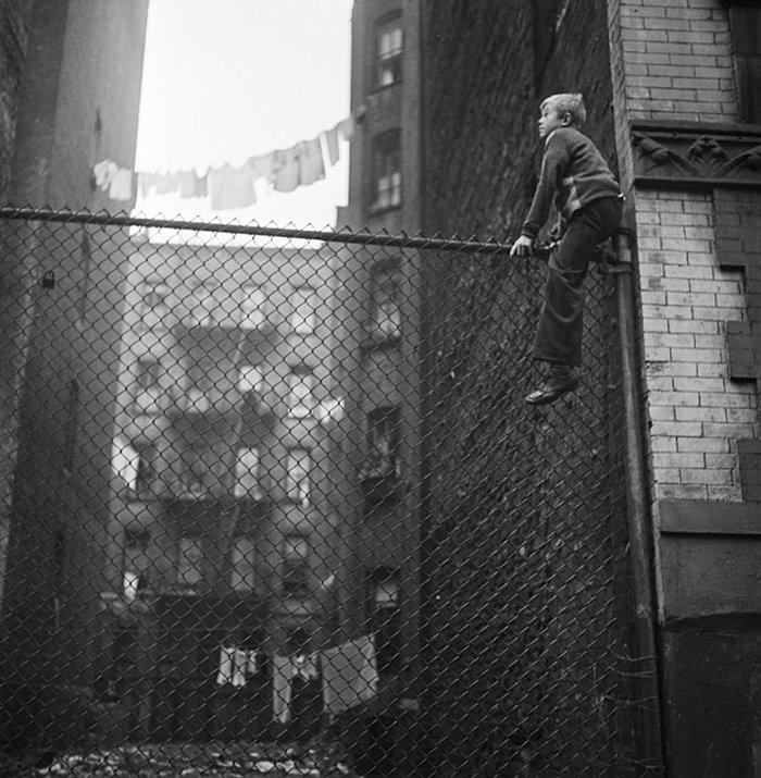 Đang tải 59ad111473955-vintage-photographs-new-york-street-life-stanley-kubrick-11-59a91d00a9789__700.jpg…