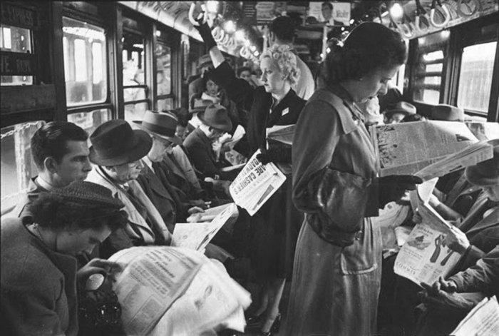 Đang tải 59ad111cb9973-vintage-photographs-new-york-street-life-stanley-kubrick-19-59a91d123f879__700.jpg…