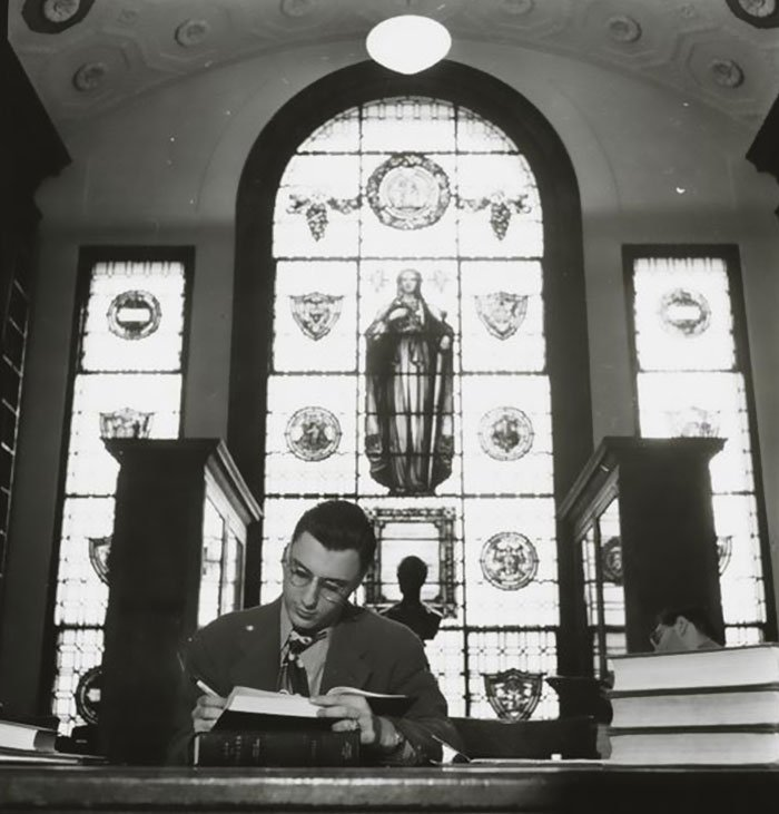 Đang tải 59ad1119bb15e-Vintage-Photographs-New-York-Street-Life-Stanley-Kubrick-102-59a9453ccf6b5__700.jpg…