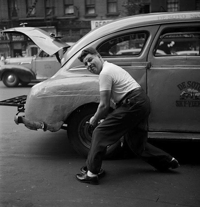 Đang tải 59ad1114c763d-vintage-photographs-new-york-street-life-stanley-kubrick-9-59a91cfc8affe__700.jpg…