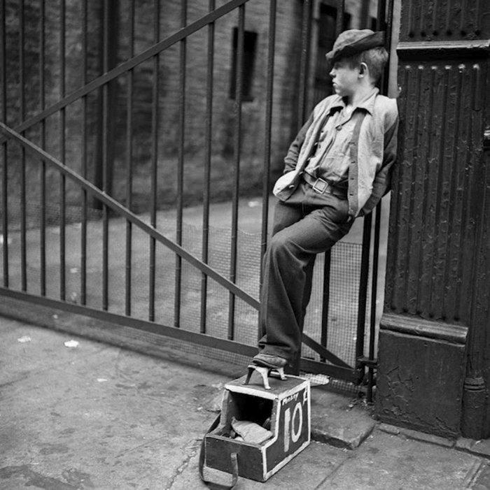 Đang tải 59ad1116a4b3d-vintage-photographs-new-york-street-life-stanley-kubrick-59a91f64df85b__700 (1).jpg…