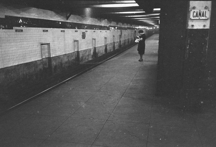 Đang tải 59ad111942669-vintage-photographs-new-york-street-life-stanley-kubrick-48-59a91cf18f82a__700.jpg…