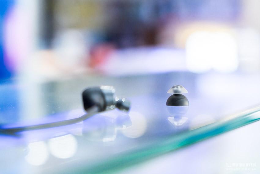 Mở hộp NuForce BE Lite3: Chống nước IPX5, pin 10 tiếng, nút nhét tai SpinFit TwinBlade®