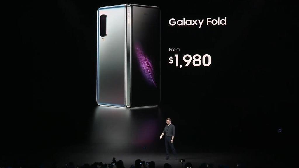 Huawei Mate X và Galaxy Fold: mặc sức sáng tạo ảnh 13