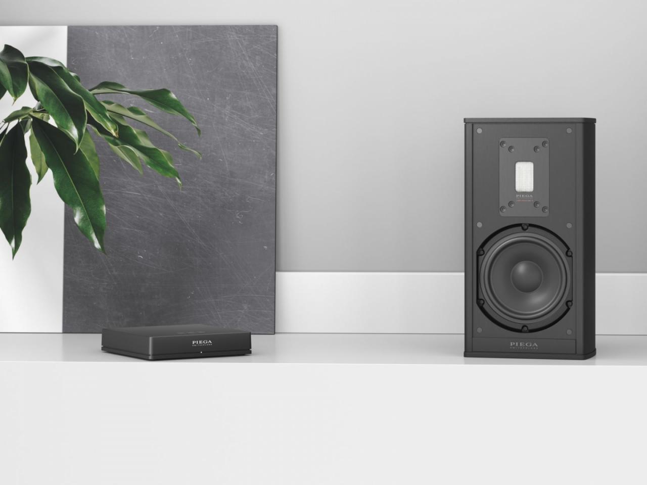 Piega Premium Wireless: Loa stereo cao cấp, không dây, vỏ nhôm nguyên khối từ Thụy Sĩ