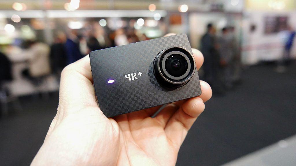 Lựa camera hành động giá tốt cho người đi phượt dịp hè ảnh 1
