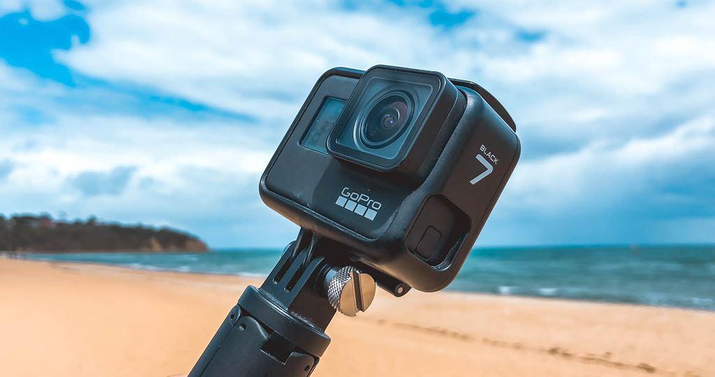 Lựa camera hành động giá tốt cho người đi phượt dịp hè ảnh 3