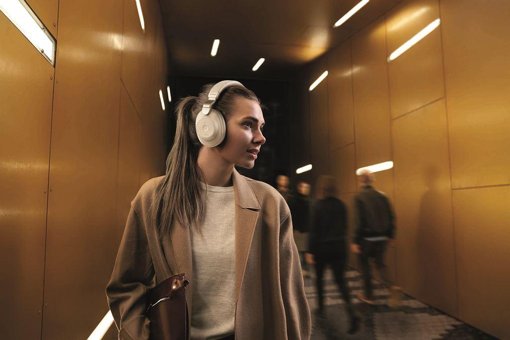 Tổng hợp 10 chiếc tai nghe chụp tai không dây tốt nhất năm 2019 ảnh 3