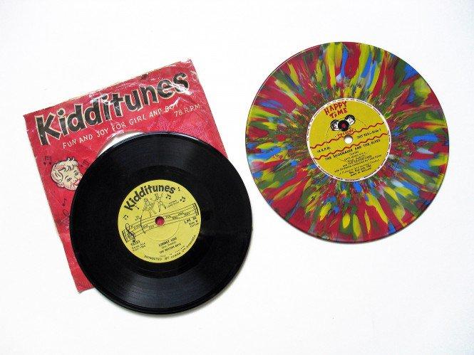 Đang tải tinhte-odd-size-vinyl-2.jpg…