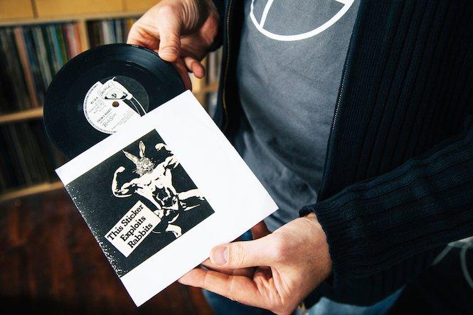 Đang tải tinhte-odd-size-vinyl-5.jpg…