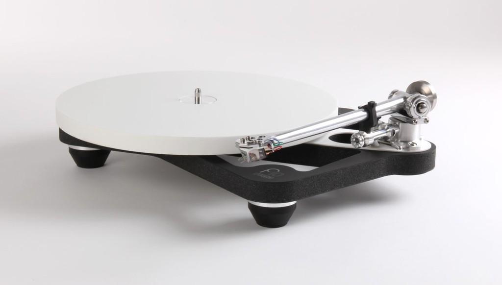 """Với flagship Planar 10 – Rega cam kết trích xuất tối đa """"tinh chất"""" âm nhạc từ đĩa nhựa ảnh 1"""