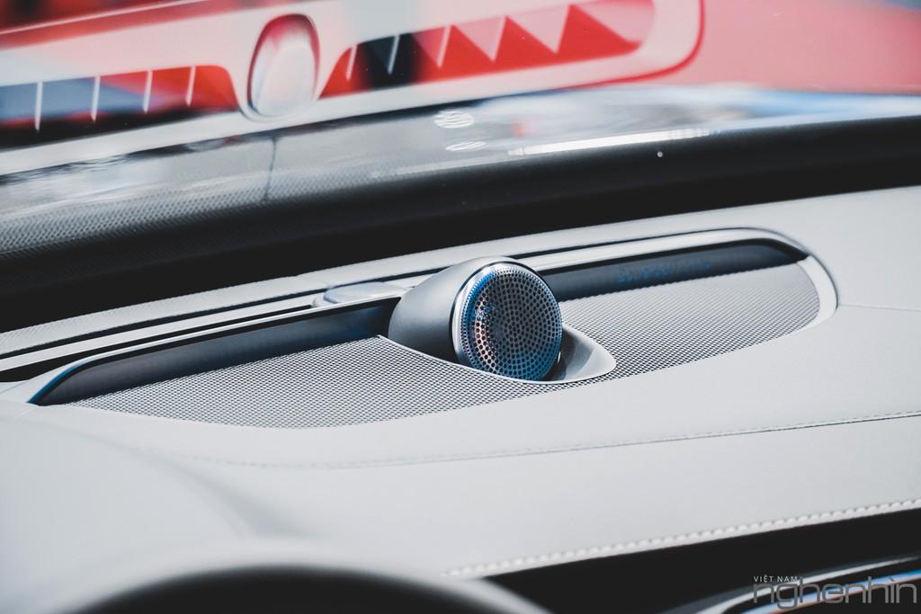 """""""Nội soi"""" những dàn âm thanh hi-end cực đỉnh bên trong những mẫu xe sang bậc nhất triển lãm Vietnam Motor Show 2019 ảnh 7"""