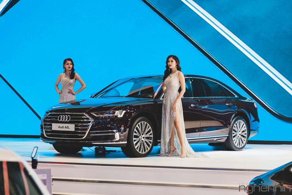 """""""Nội soi"""" những dàn âm thanh hi-end cực đỉnh bên trong những mẫu xe sang bậc nhất triển lãm Vietnam Motor Show 2019 ảnh 25"""