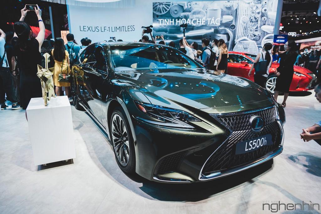 """""""Nội soi"""" những dàn âm thanh hi-end cực đỉnh bên trong những mẫu xe sang bậc nhất triển lãm Vietnam Motor Show 2019 ảnh 13"""