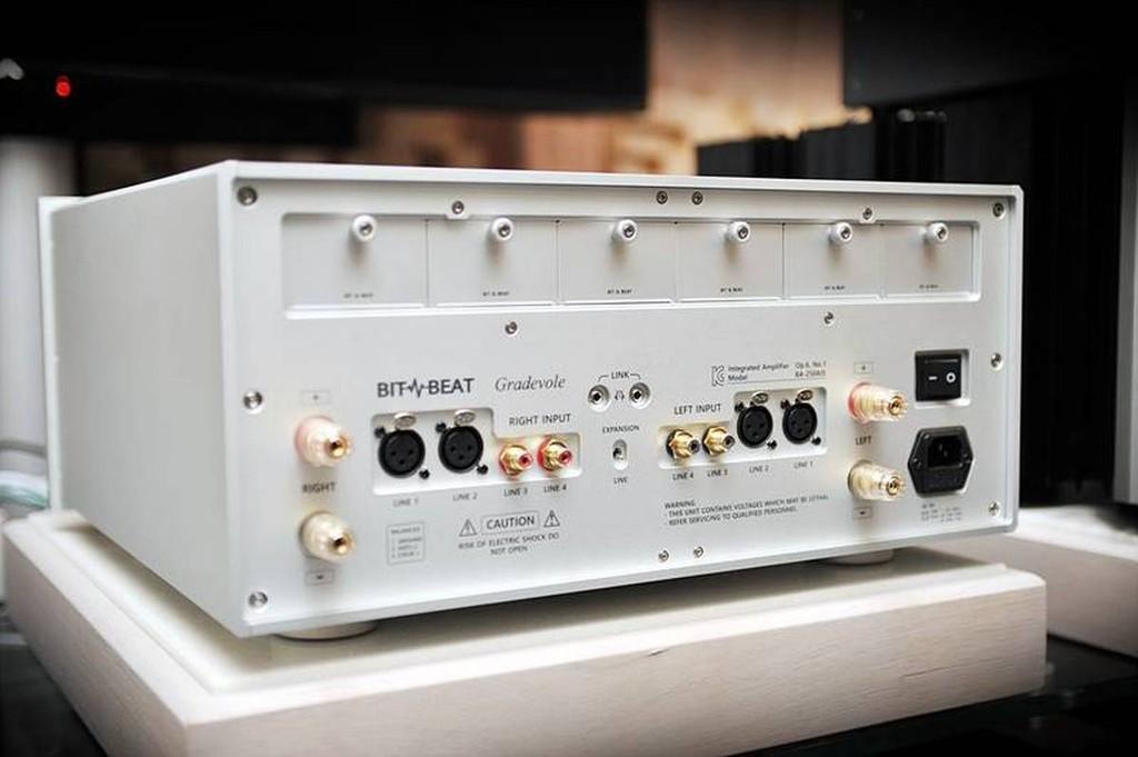 Bit & Beat - Hãng hi-end Hàn Quốc trình làng ampli module và pre phono mới ảnh 2