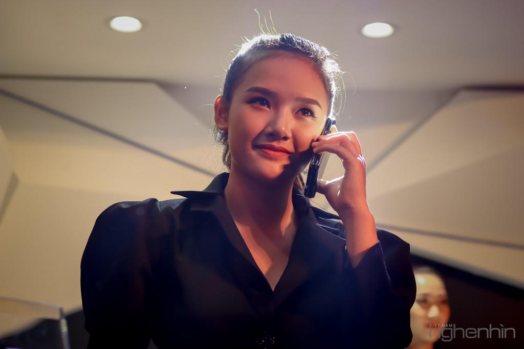 Siêu phẩm Samsung Galaxy Fold smartphone màn hình gập ra mắt người dùng Việt giá 50 triệu ảnh 9
