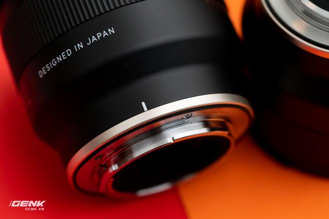 Đánh giá ống kính Tamron 35mm và 24mm III OSD M1:2: Giá rẻ, đa dụng nhưng chưa hoàn hảo - Ảnh 13.