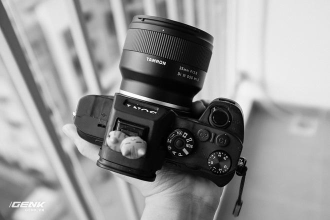 Đánh giá ống kính Tamron 35mm và 24mm III OSD M1:2: Giá rẻ, đa dụng nhưng chưa hoàn hảo - Ảnh 14.