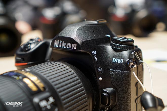 [CES 2020] Trên tay bộ đôi máy ảnh DSLR Nikon D6 và D780 - Ảnh 1.