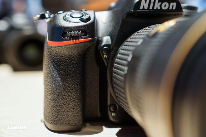 [CES 2020] Trên tay bộ đôi máy ảnh DSLR Nikon D6 và D780 - Ảnh 2.