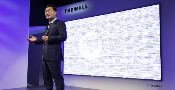 Công nghệ Tivi tại CES 2020: Từ siêu to khổng lồ tới tivi biến hình và tivi siêu đắt đỏ ảnh 1