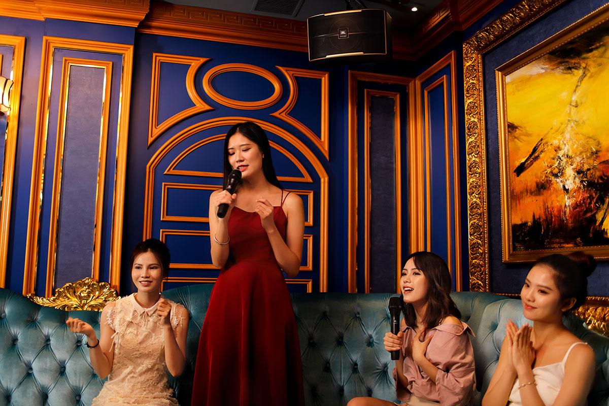 Phòng hát Karaoke sử dụng JBL Pasion Series