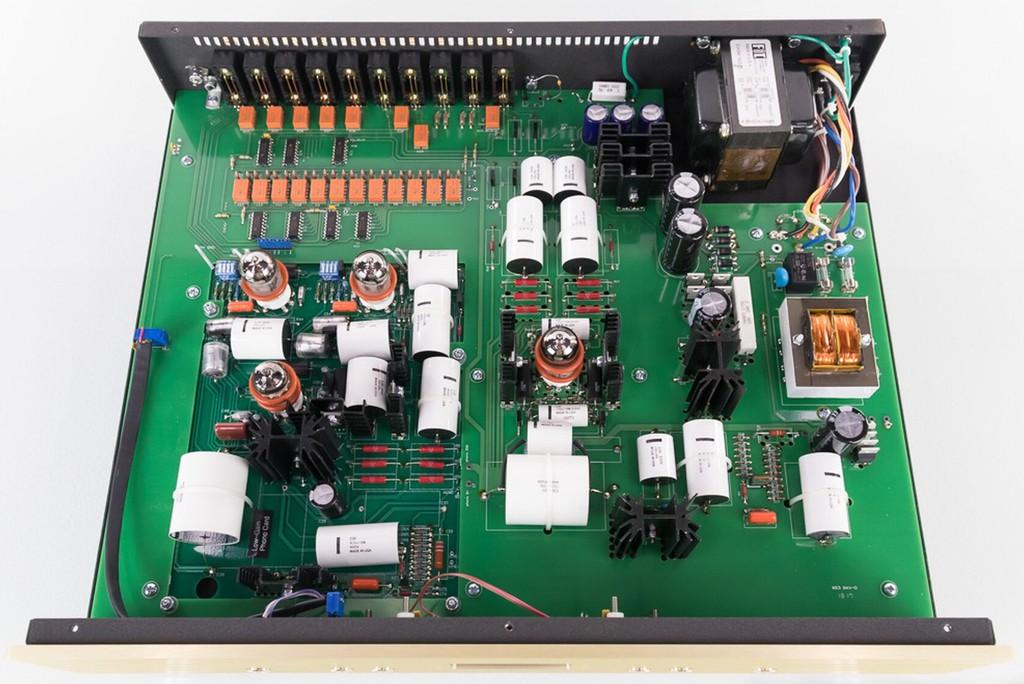 Conrad Johnson ET6 SE & Classic 62 SE – Chuẩn mực tái tạo âm thanh từ một thương hiệu gạo cội ảnh 4