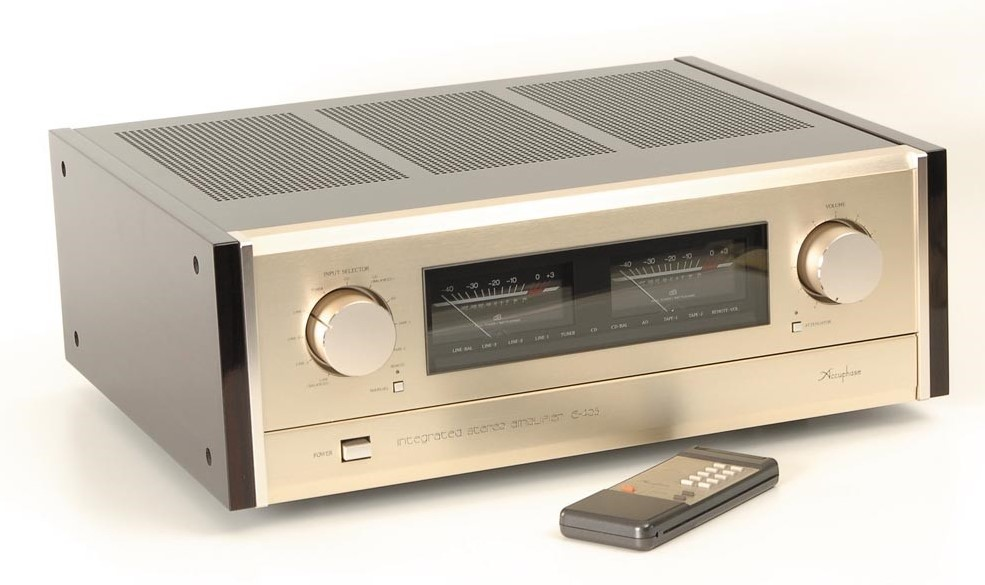 ampli Accuphase 405