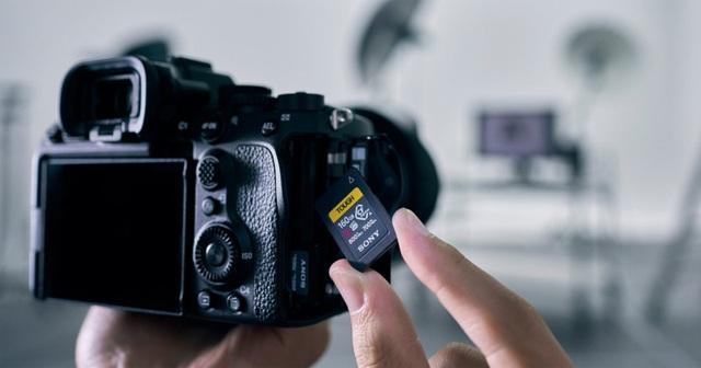 Sony hé lộ máy ảnh a7S III chuyên quay phim với giá 3.500 USD - 1