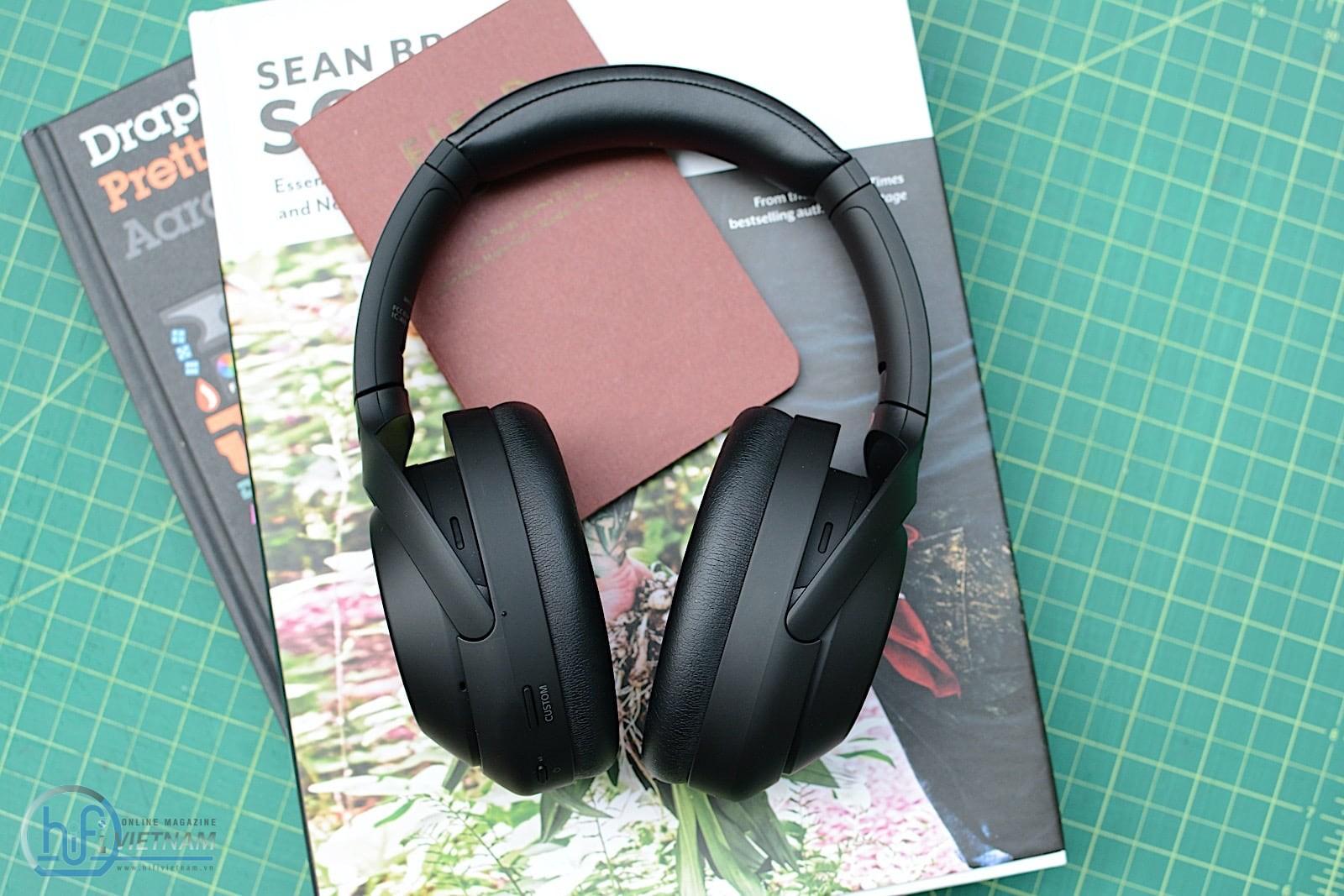 Sony WH-1000XM4: Tai nghe chống ồn pin 30 giờ chính thức ra mắt