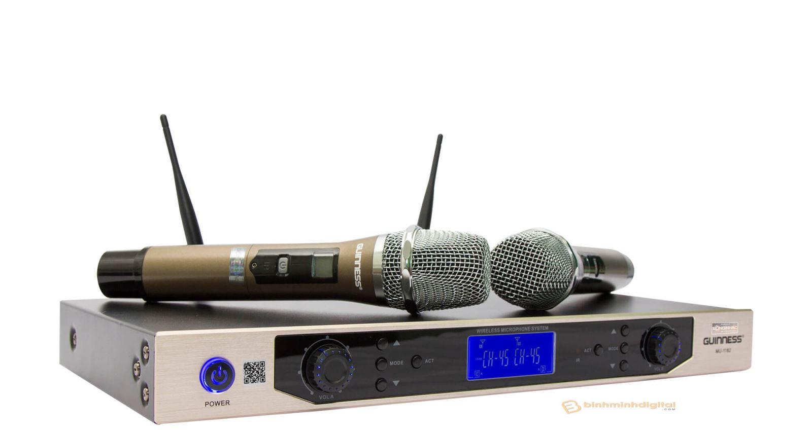 Micro phát tín hiệu đến các thiết bị xử lý và khuếch đại tín hiệu