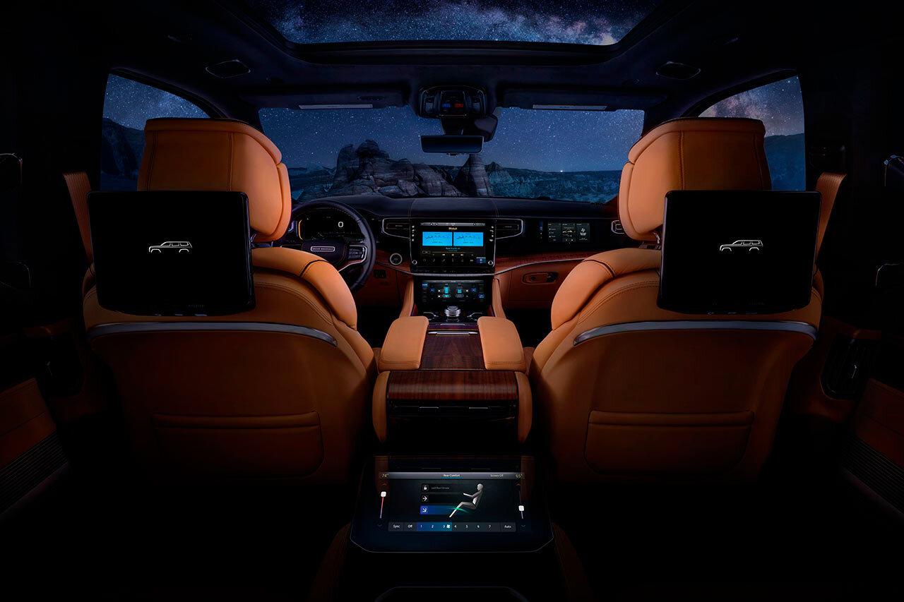 2022-jeep-grand-wagoneer-147-1615401996.jpg
